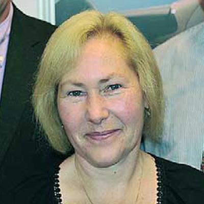 Carola Hopmann